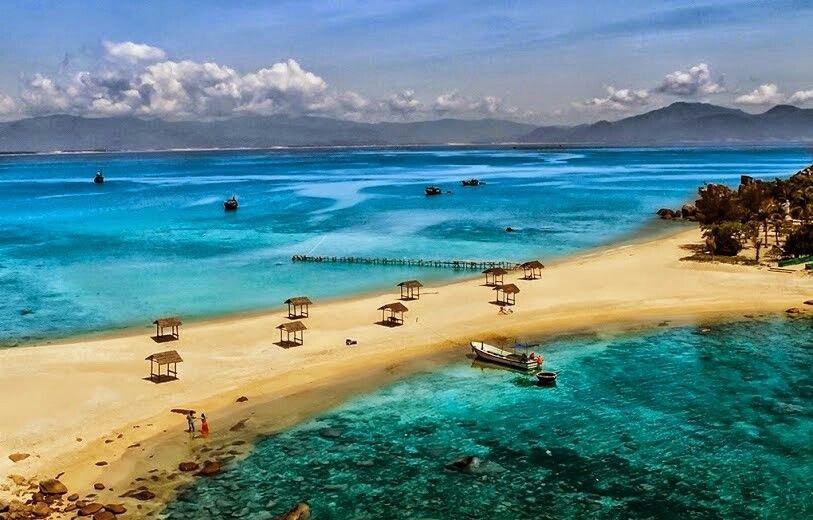 Đảo hòn Mun với những bãi biển tuyệt đẹp và thơ mộng